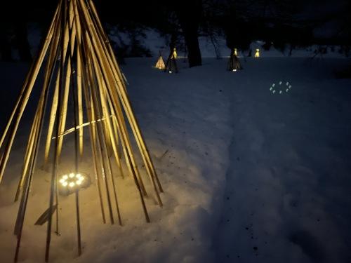 雪上散歩道3夜.jpg